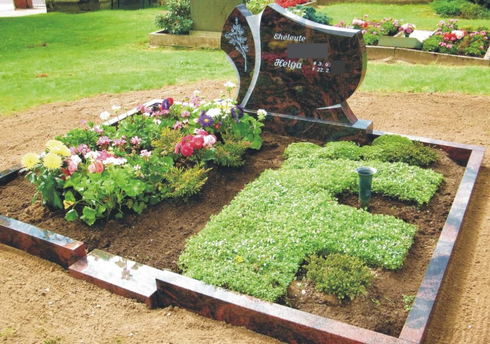 Steinmetz Grabsteine Magdeburg - Doppelgrab mit der Möglichkeit der großzügigen Bepflanzung und künftiger Grabergänzungen
