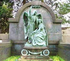 Steinmetz Grabsteine aus Magdeburg sind zum Teil echte Kunstwerke und betonen die Würde des Menschen ... .