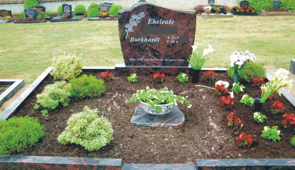 Steinmetz Grabsteine aus Magdeburg - Ein würdevolles, aber dennoch bezahlbares und erweiterbares Familiengrab!
